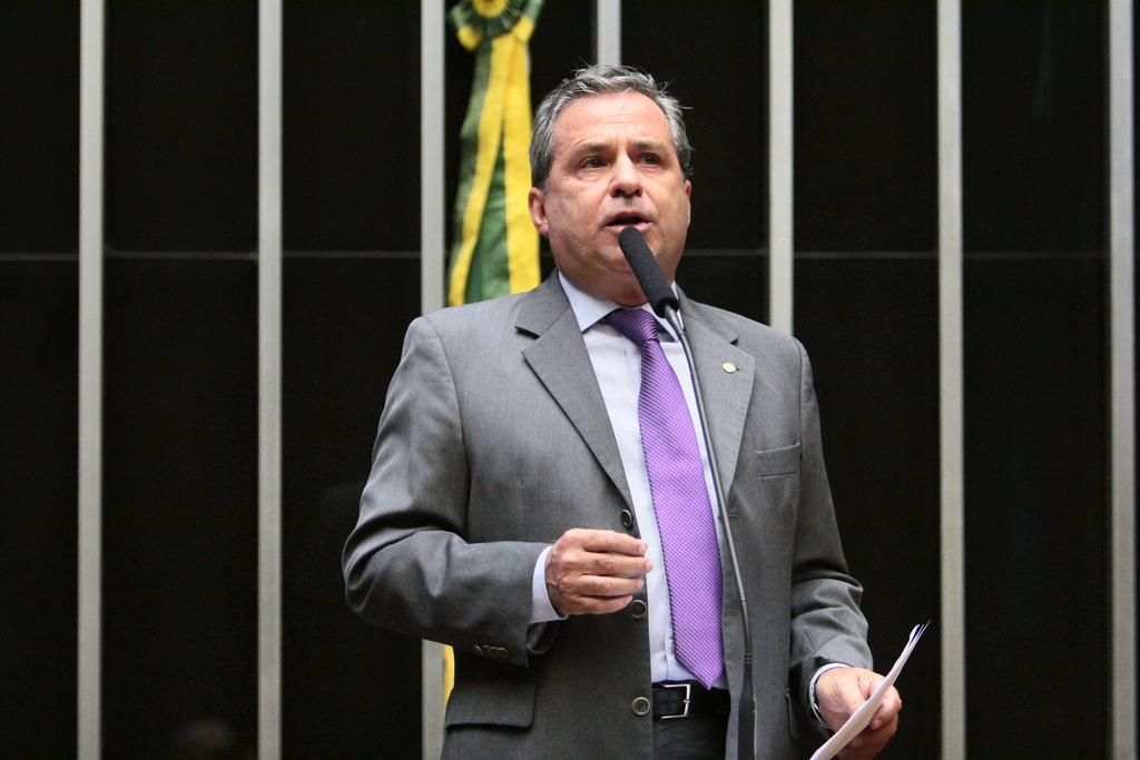 Tadeu Alencar pede apoio a projeto que libera recursos para reconstrução de municípios atingidos pelas chuvas