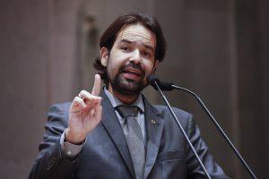 Diogo Moraes propõe PL para garantir formulação de estatísticas em casos de automutilação em Pernambuco