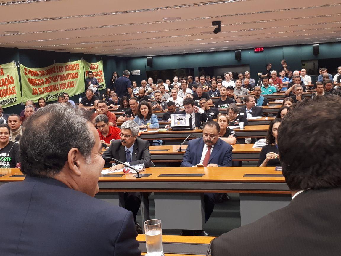 DEPUTADO DEFENDE REFERENDO NO PROCESSO DE PRIVATIZAÇÃO DA CHESF