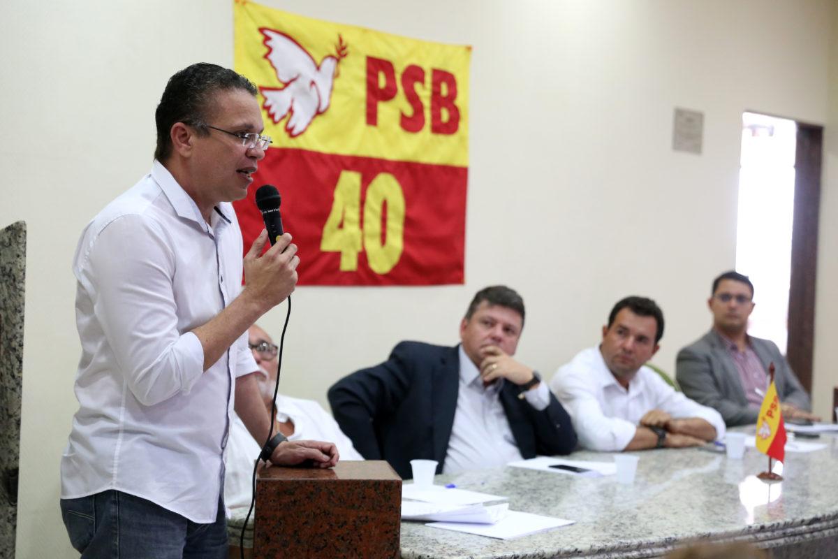 Vereador Fábio Barros é lançado como pré-candidato a deputado federal
