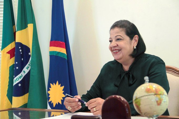 Prefeita de Arcoverde recebe prêmio Prefeitura Amiga das Mulheres 2018