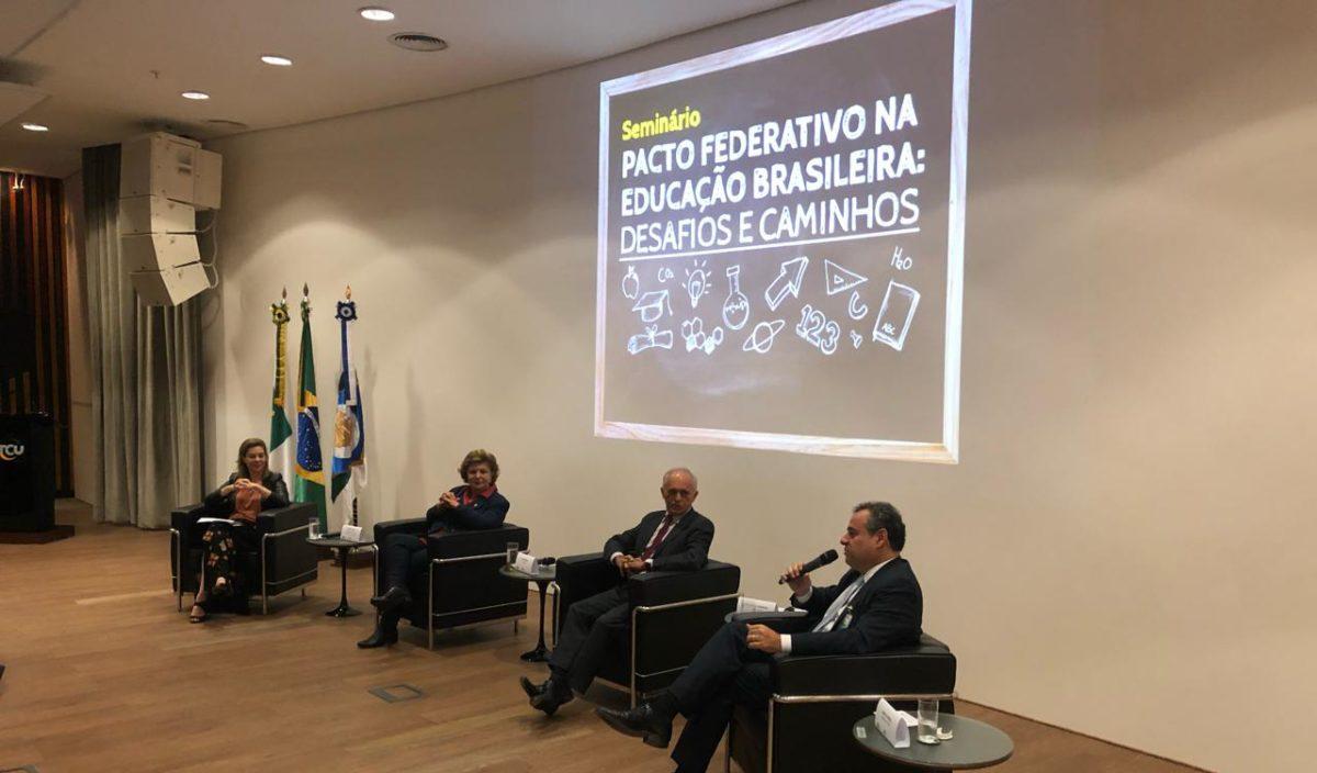 Danilo Cabral defende novo Pacto Federativo com mais recursos para estados e municípios