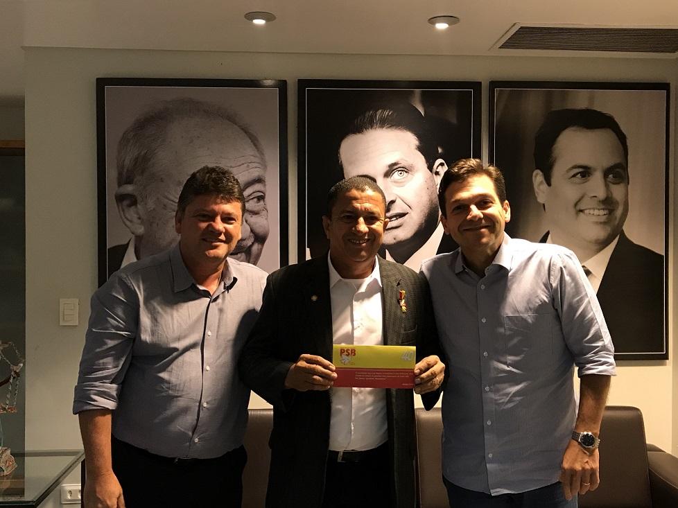 Eduardo Chera anuncia filiação ao PSB