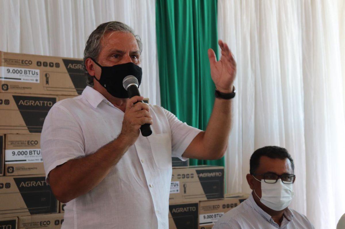 Tadeu Alencar entrega emendas para a saúde de Altinho